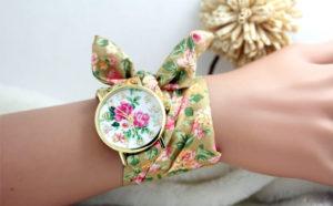 Лучшее решение для украшения своего образа - часы Geneva с тканевым ремешком
