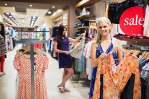 Распродажи - шанс одеться стильно и недорого