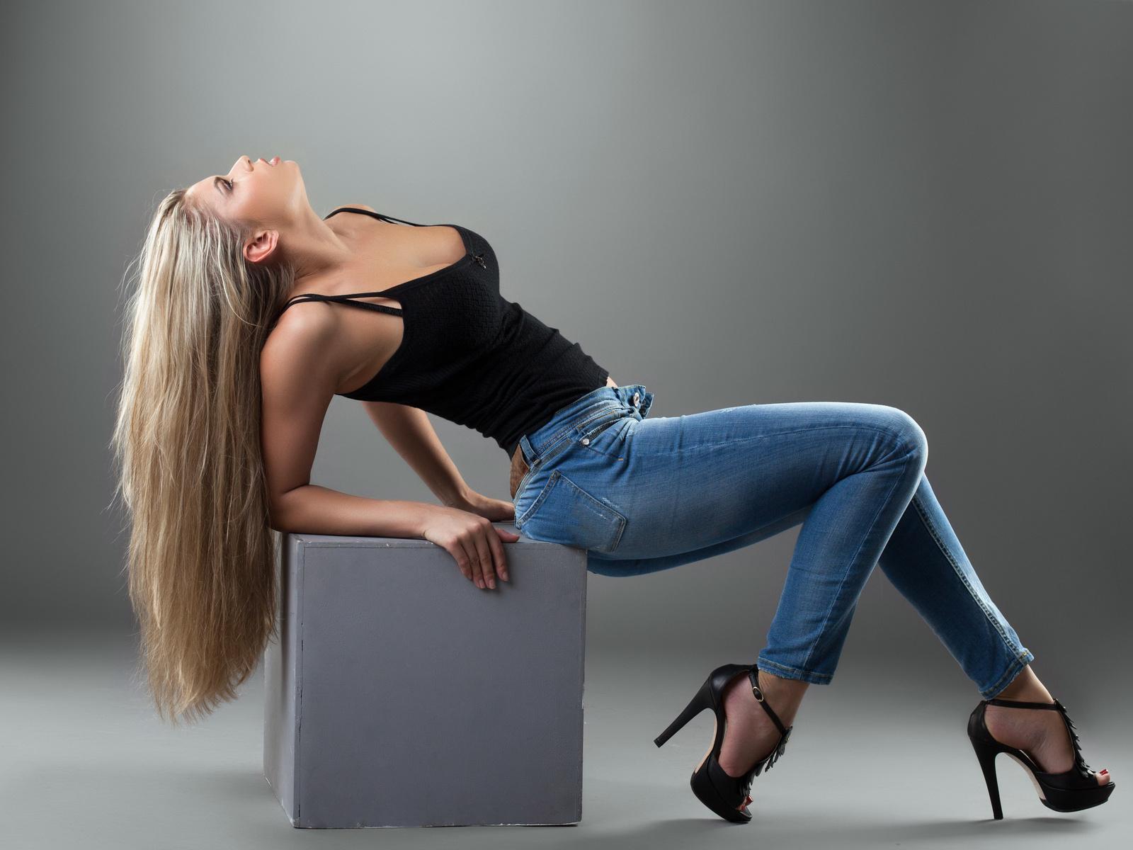 Стройная в джинсах попа, Трах Милашек В Джинсах, Секс В Джинсах Bravo Porn 7 фотография
