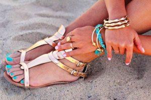 Обувь в морском стиле должна быть легкой и удобной