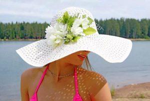 """Широкополая шляпа """"Макси"""" идеально подходит для пляжа"""
