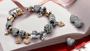 Драгоценные составляющие стильных браслетов от Pandora