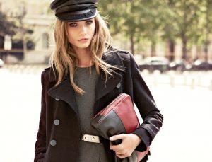 Секрет прост - под пальто в стиле милитари надевайте, что хотите и образ не потеряет своей дороговизны и уникальности