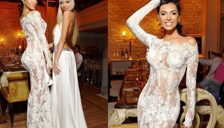 Белое платье с кружевом