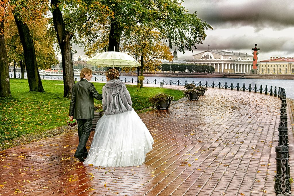Оригинальные снимки свадебной фотосессии в Санкт-Петербурге