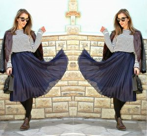 Подсказка! Юбка-плиссе сама по себе считается довольно ярким элементом одежды. Чтобы не перегружать look, рекомендуется остановиться на однотонных (без узоров и декора) моделях