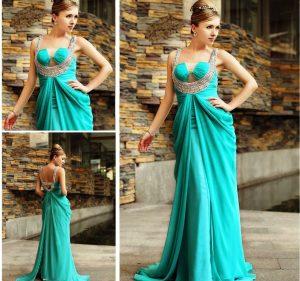 Эффектное платье в греческом стиле будет хитом гардероба, не зависимо от сезона