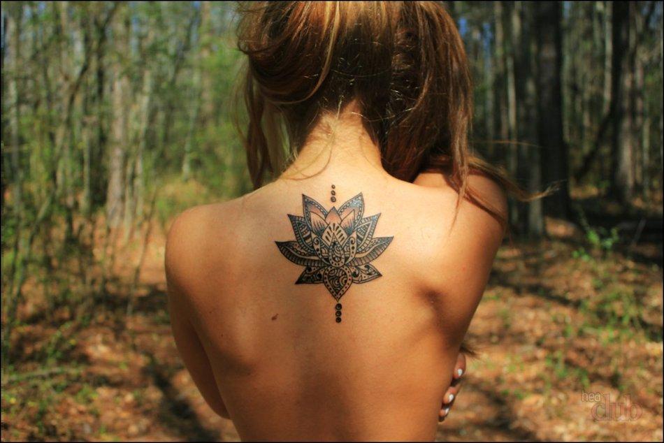 Важно! Решившись сделать татуировку, подберите рисунок из многочисленных стилей и видов, а также продумайте выбор участка тела, на котором разместится рисунок