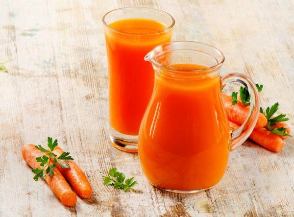 Морковный сок - один из самых полезных продуктов для зрения