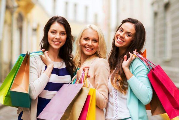 Весной всегда хочется порадовать себя покупками