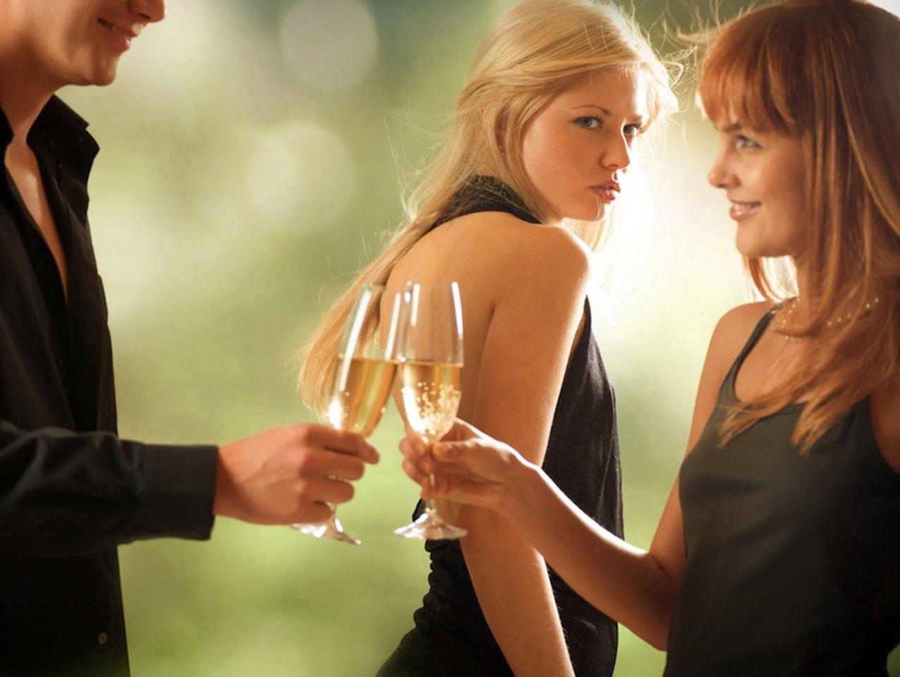 кажется, как побороть ревность к девушке и повысить самооценку других