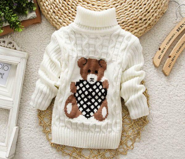 Невозможно устоять перед веселыми вязаными детскими свитерками