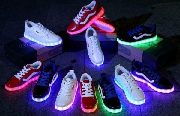 светящиеся кроссовки с led-подсветкой