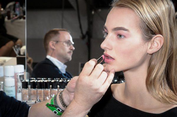 Как делали макияж от Christian Dior