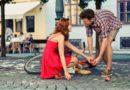 Как службы знакомств помогают найти одиноким свою вторую половинку