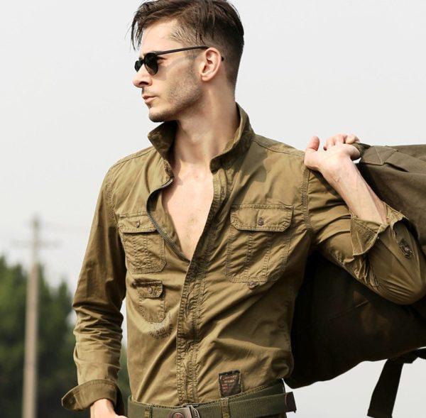 Рубашка в стиле сафари является разновидностью стиля милитар