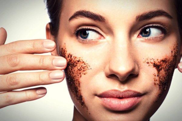 Скраб для лица можно применять не более одного раза в неделю, в противном случае такое воздействие на кожу может привести к ее раздражению