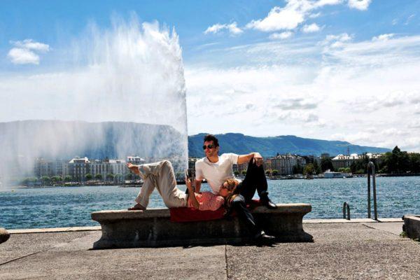 Возможно, что в Женеве вы почувствуете и некий аромат любви, который присущ и Франции