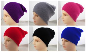 Не надевайте яркие, мелкие и разноцветные головные уборы