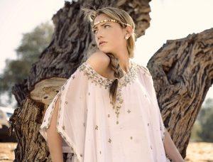 Блузки в стиле бохо наделены особым шармом