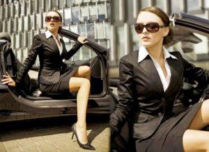 Формальный деловой стиль женщины – наиболее распространенный и часто встречаемый в гардеробе