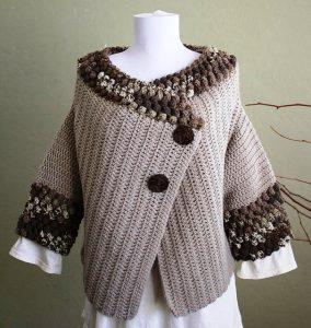 Большое преимущество вязаной кофты в стиле бохо - это ее актуальность для любого из типов фигуры