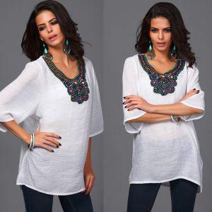 Индийские блузы в сочетании с джинсами смотрятся очень романтично