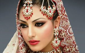 В восточном макияже главный акцент делается на глаза