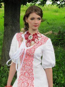 Этнические блузки могут быть разных мотивов и направлений