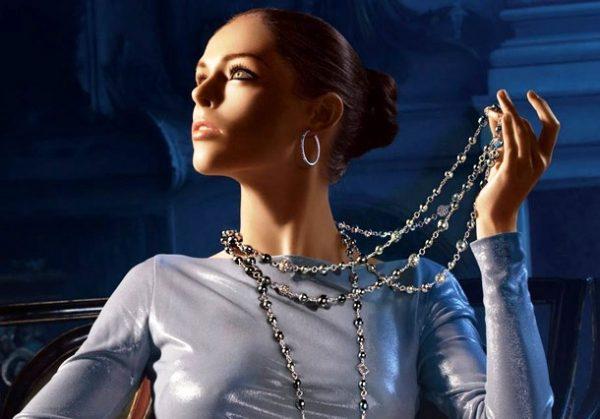 С помощью украшений женщина создает свой неповторимый образ