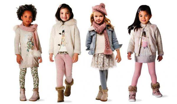Множество различных платьев и вариаций предлагается маленьким модницам в этом сезоне