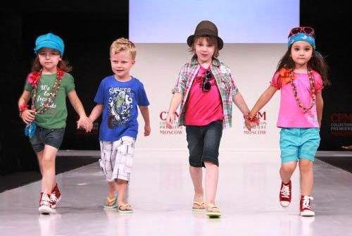 Дизайнеры не устают совершенствовать детскую одежду