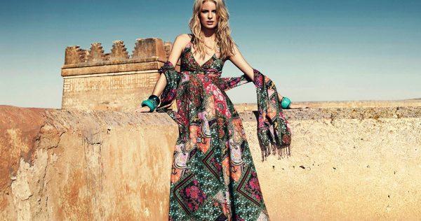 Платья и сарафаны в африканском стиле смотрятся очень эффектно