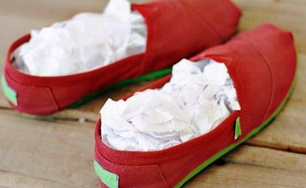 Сушка сырой обуви бумагой