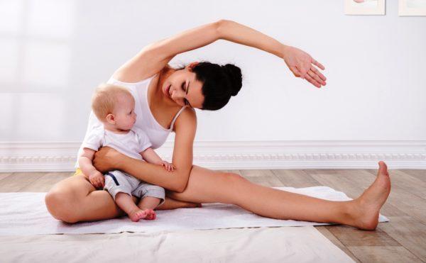 Физкультура после родов является основным методом в восстановлении тонуса кожи и мышц