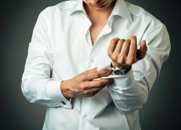 Существуют также комбинированные манжеты (венские), которые можно застегивать либо пуговицами, либо запонками