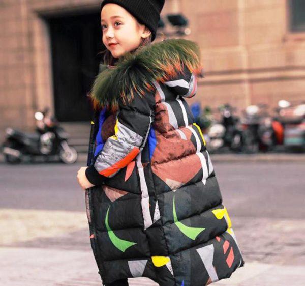 Для юных модниц представлен большой выбор самых разнообразных моделей