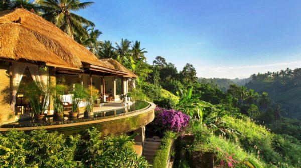 Особенно красиво в многочисленных деревушках и прочих удивительных местах внутренней плодородной части острова Бали