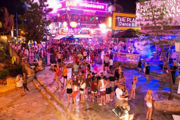 Айя-напа - самый шумный и активный курорт восточного побережья Кипра