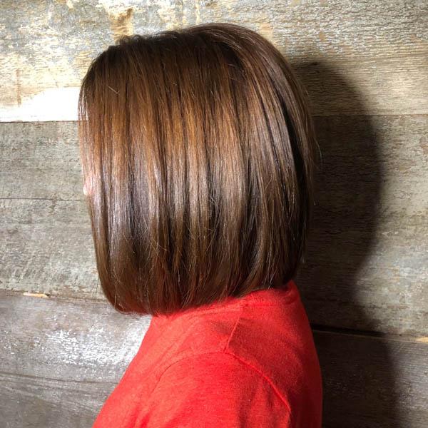 Модный оттенок волос мокко с глазурью