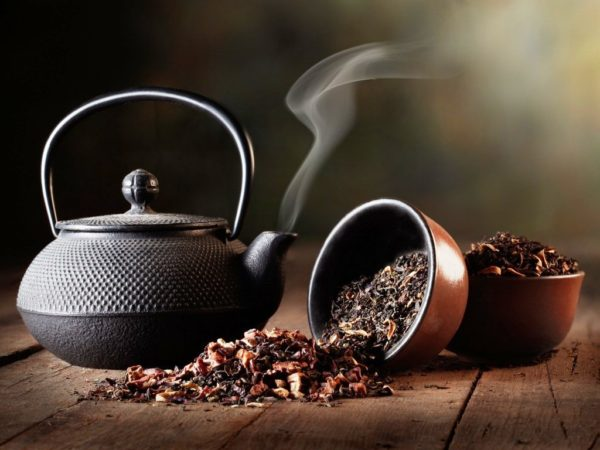 Идеальный заварочный чайник выполнен в форме сферы или близкой к ней
