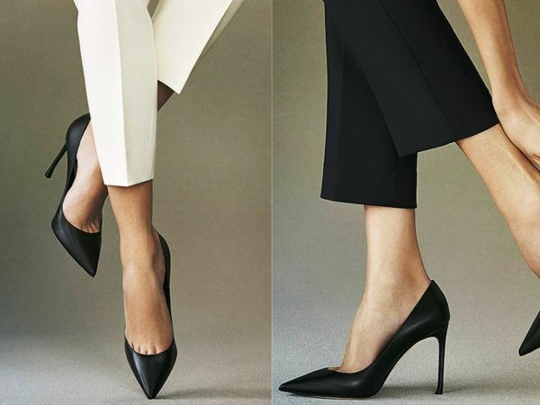 На фото пример классических туфель-лодочек в деловом стиле женской одежды