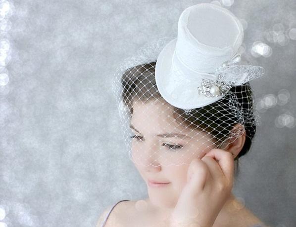 шляпа к пышному свадебному платью