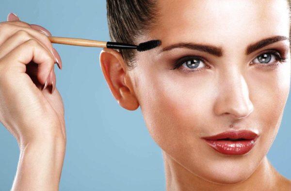 Уход за бровями в идеальном макияже