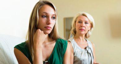 Невеcтка и свекровь; как избежать конфликта в отношениях