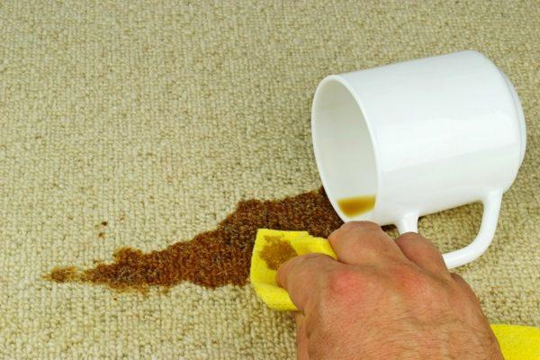 Как удалить пятна от кофе с молоком