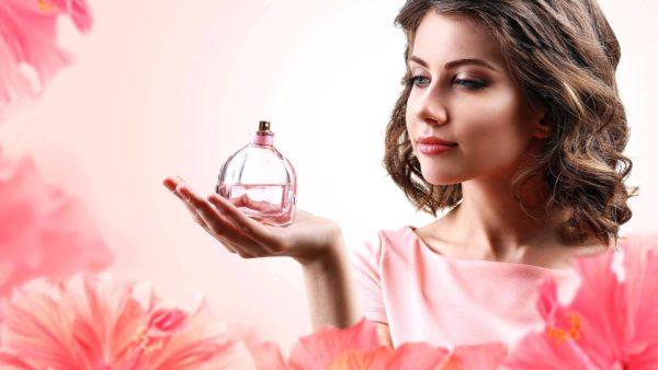 Сердечная нота аромата держится 10-12 часов