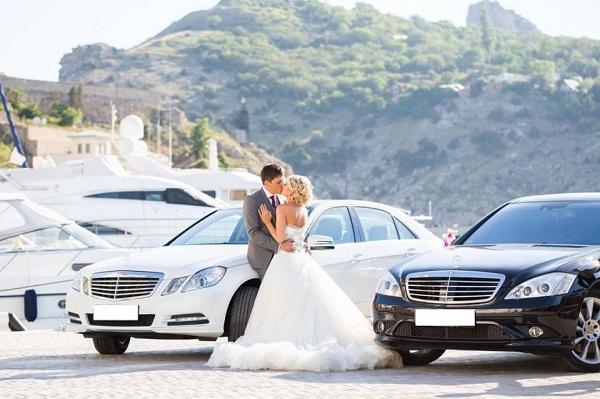 аренде свадебного автомобиля