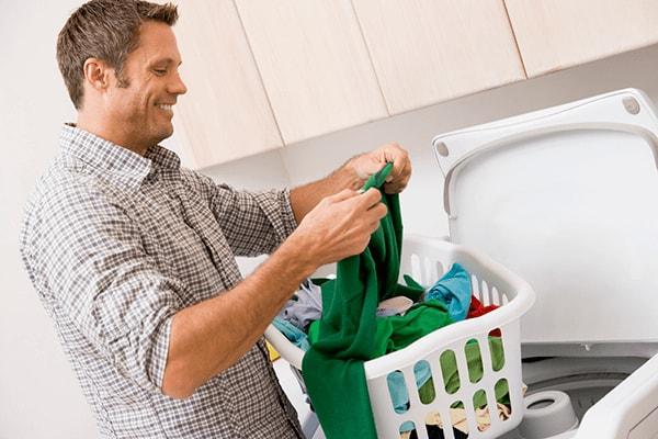 Как вывести пятно от ржавчины с одежды