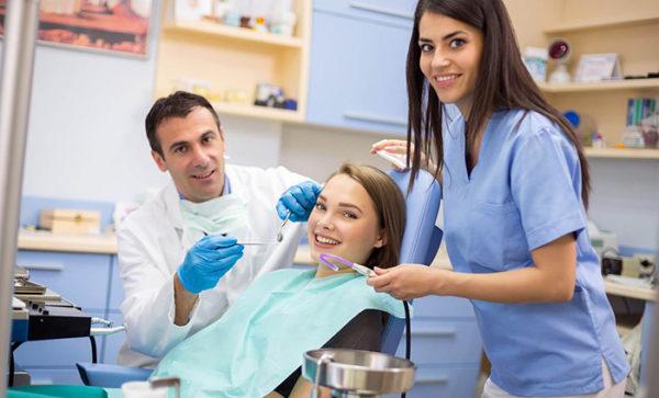 kak-vybrat-stomatologicheskuju-kliniku-1